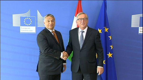 Juncker'e açık mektup: Macaristan'a AB fonlarını kesin