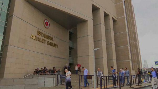Turchia: altri 360 arresti