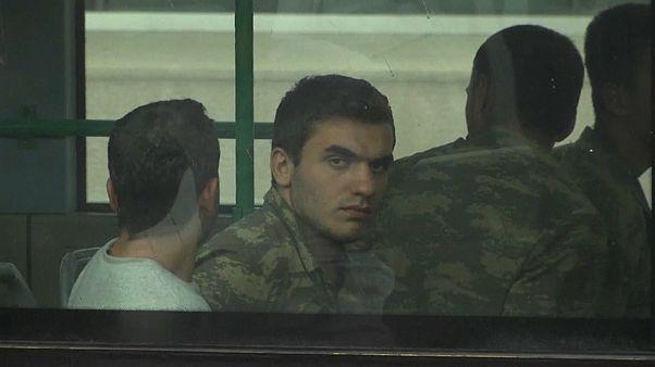 В Турции выдан ордер на арест 340 военных