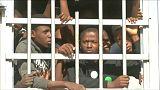 فرنسا تدعو لمعاقبة تجار البشر في ليبيا وتقول إن لديها أسماءهم