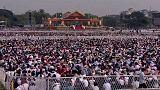 """Papa contra o """"caminho da vingança"""" no Myanmar"""
