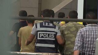 Turquie : 300 nouveaux mandats d'arrêt