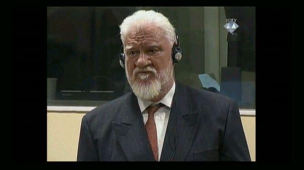 """TPIY: le Croate de Bosnie Slobodan Praljak """"est mort après avoir bu du poison"""""""