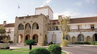 Κύπρος: Πειθαρχική έρευνα εναντίον ανώτερης εισαγγελέως για παροχή πληροφοριών σε Ρώσους