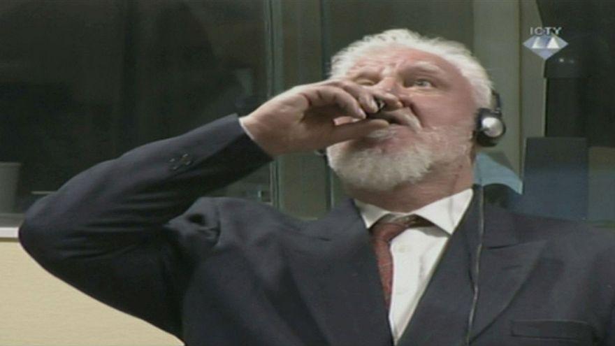 قائد القوات الكرواتية إبان حرب البوسنة يتجرع السم خلال جلسة الحكم عليه في لاهاي