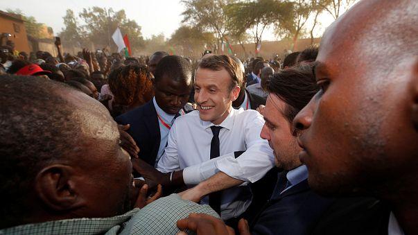 Au Ghana, Macron veut étendre l'influence française