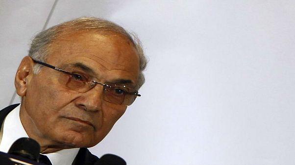 أحمد شفيق مرشح انتخابات مصر الرئاسية يمنع من مغادرة الإمارات