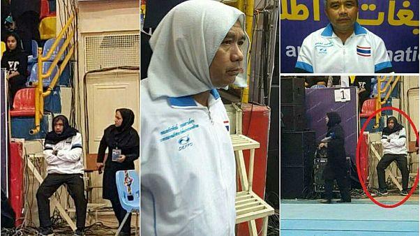 """Mann mit """"Kopftuch"""": Thailands Mannschaftstrainer tarnt sich in iranischem Stadion"""
