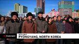 Пхеньянцы приветствуют новую ракету