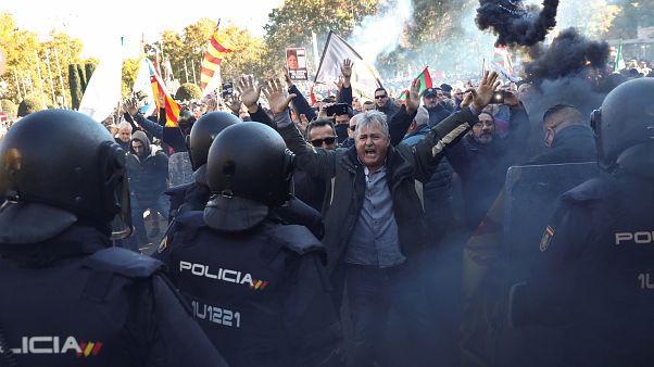 Spagna: sciopero dei taxi contro Uber