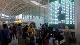 Χιλιάδες τουρίστες περιμένουν στο αεροδρόμιο του Μπαλί