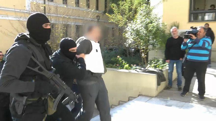 Atina'da 9 Türk terör suçundan mahkemeye çıkarıldı