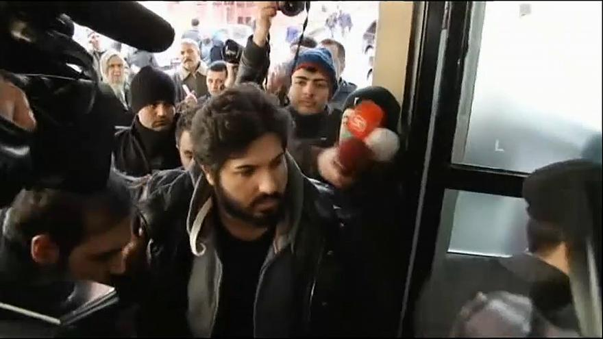 Traficante de ouro acusa governantes turcos num tribunal americano