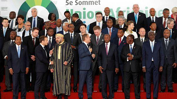 Africanos y europeos condenan el comercio de esclavos en Libia