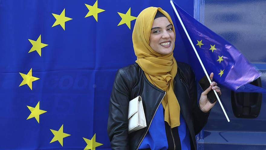 A muslim woman during a pro-EU demonstration in Rome, March 2017