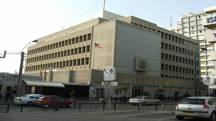 هل ينقل ترامب السفارة الأميركية من تل أبيب إلى القدس في اليومين المقبلين؟
