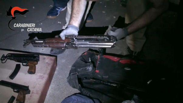 Sequestro di armi e droga a Catania