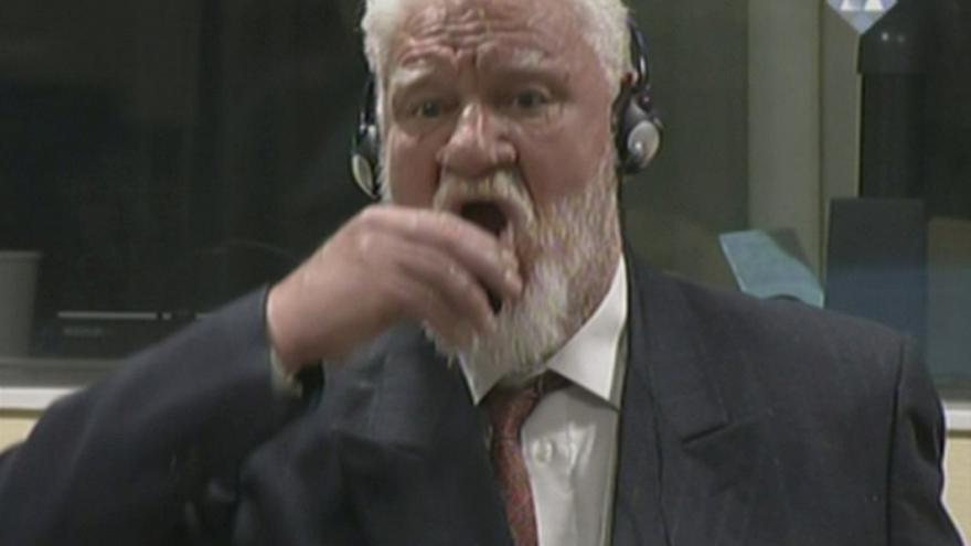Wartime Bosnian Croat commander Slobodan Praljak, moments before his death.