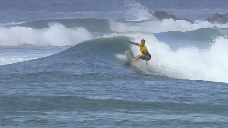 Les reines du surf se disputent le titre mondial à Hawaï