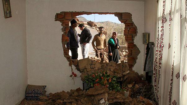 زمینلرزه شدیدی بامداد جمعه استان کرمان را لرزاند