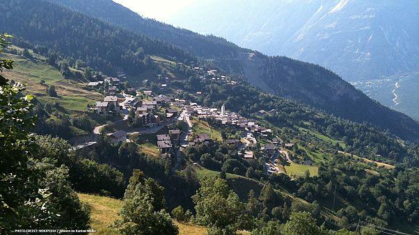 Ελβετία: 21.500 ευρώ δίνει χωριό για να αποκτήσει νέους κατοίκους!
