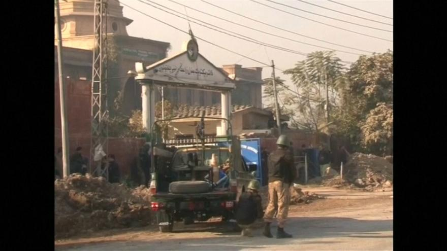 Pakistan: Taliban-Angriff auf Studentenwohnheim