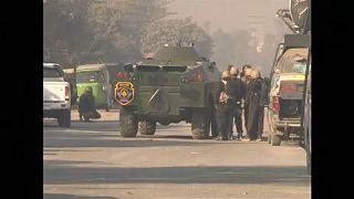Τεθωρακισμένα του στρατού περικύκλωσαν το πανεπιστήμιο της Πεσαβάρ