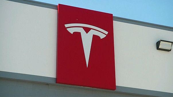 Tesla'nın dev pili faaliyete geçti