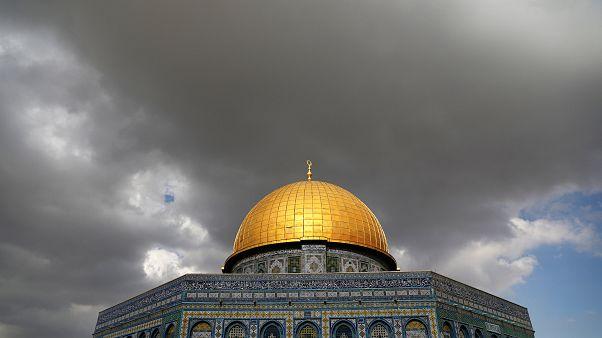 نقل السفارة الأميركية إلى القدس ومأزق ترامب