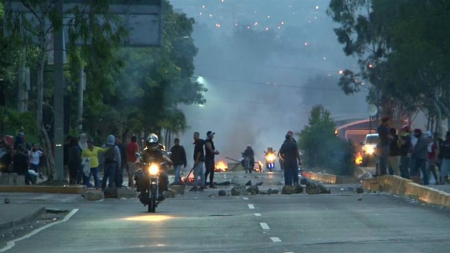 Violencia en Honduras entre denuncias de fraude en las presidenciales