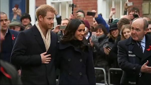 Harry & Meghan woo the crowds with first official outing