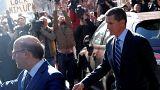 Ex Trump adviser Flynn pleads guilty on Russia