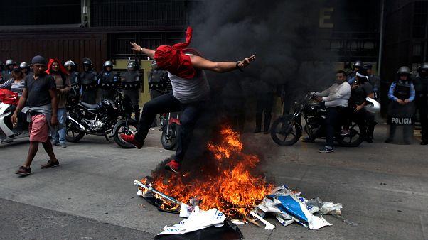 Απαγόρευση κυκλοφορίας από τις αρχές της Ονδούρας