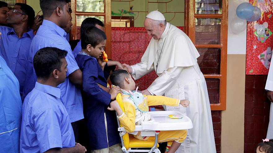 Pope with orphans in Bangladesh