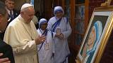 Papa Francis Bangladeş'te Aziz Teresa Yetimhanesi'ni ziyaret etti