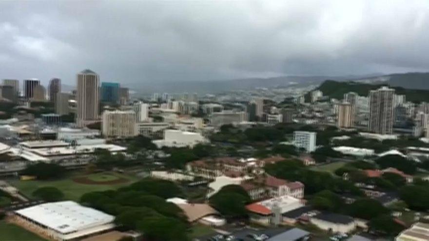 Hawaii'de savaş sirenleri