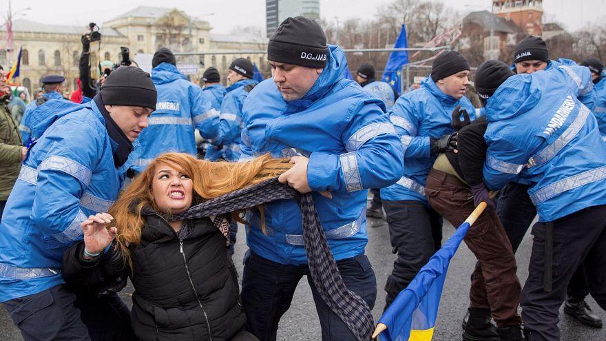 Ένταση σημειώθηκε στην πλατεία Νίκης στο Βουκουρέστι