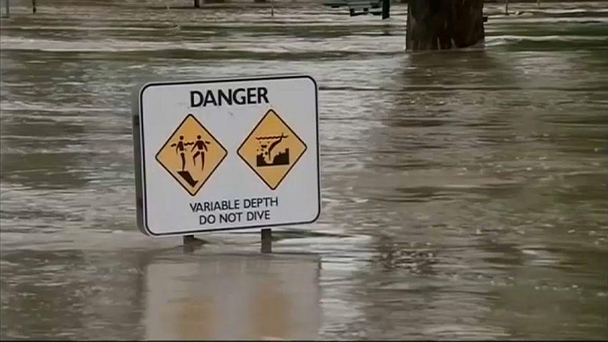 Chuvas torrenciais causam graves inundações