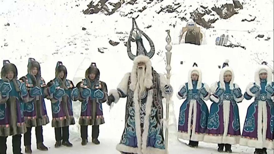 L'oriente russo celebra l'arrivo dell'inverno a -56°C