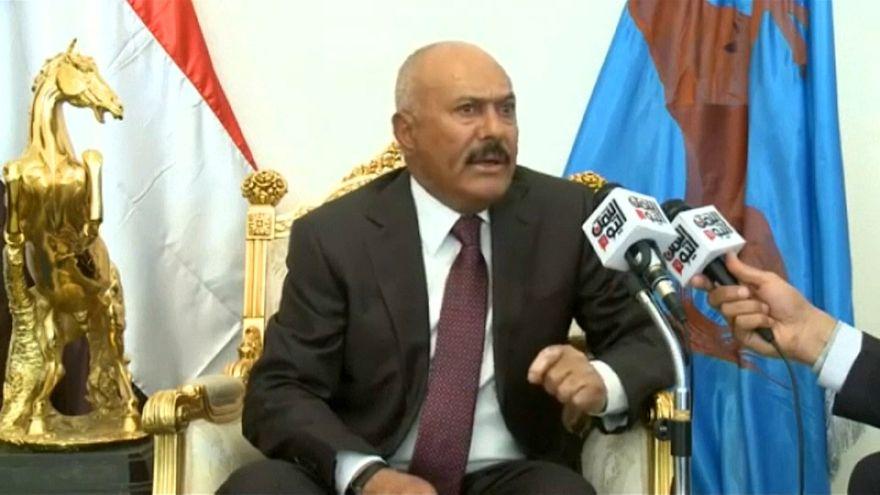 Giro en Yemen: Saleh tiende la mano a la coalición árabe