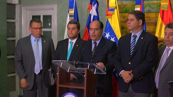 Venezuela: continua il dialogo governo-opposizione