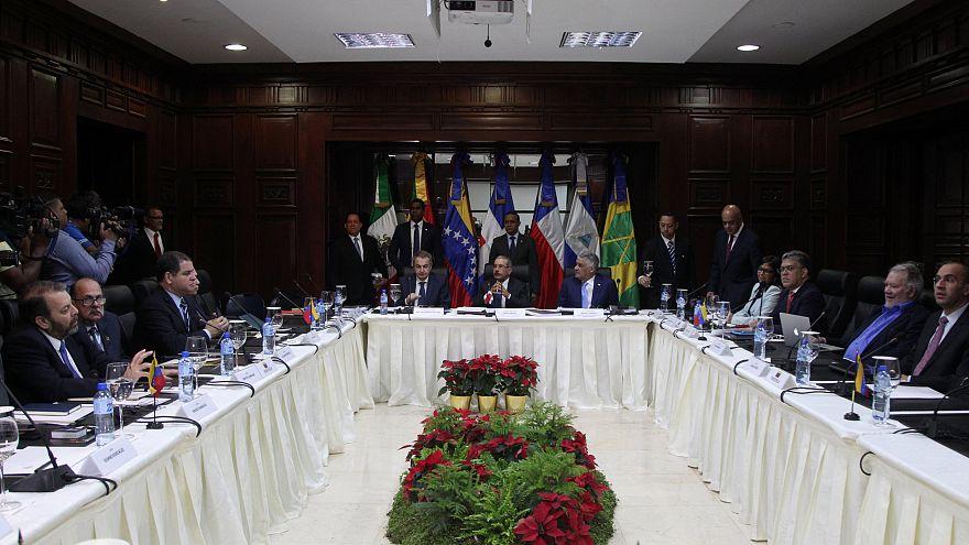 Venezuela: Hükümetle muhalefet müzakere masasında