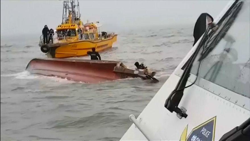 Güney Kore: Balıkçı teknesi battı, 13 ölü