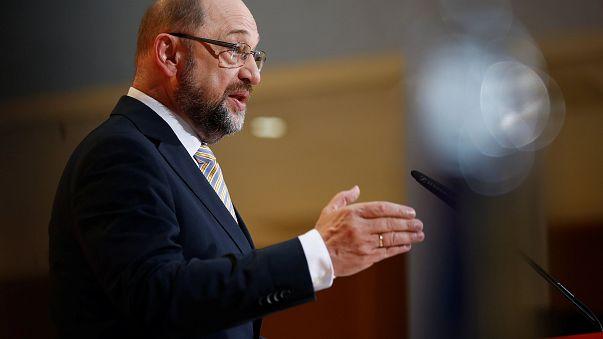 Martin Schulz: Druck aus Paris und Athen