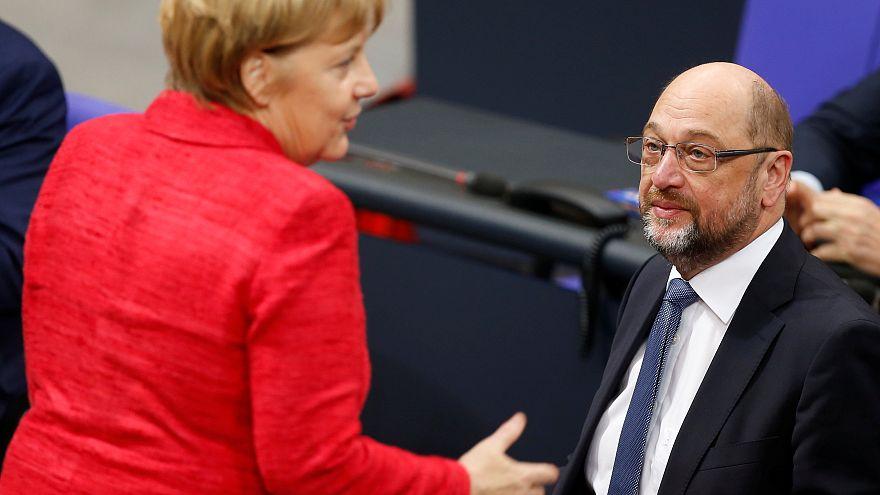 Martin Schulz pressé par Macron et Tsipras