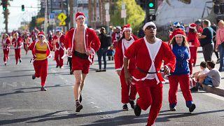 Las Vegas: Weihnachtsmann-Lauf bei 20 Grad