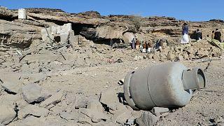 Θέατρο αιματηρών μαχών η Σαναά - Πάνω από 120 νεκροί