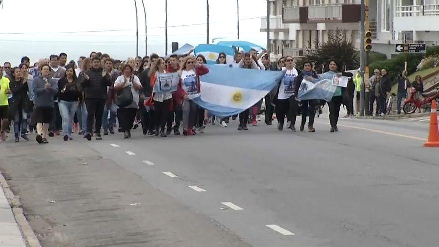 Argentine : les familles veulent que les recherches du San Juan continuent