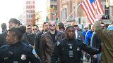 Αναμέτρηση ακροδεξιών-αντιφασιστών έξω από τον Λευκό Οίκο
