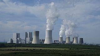 همکاری آمریکا و عربستان سعودی برای ساخت دو راکتور هستهای
